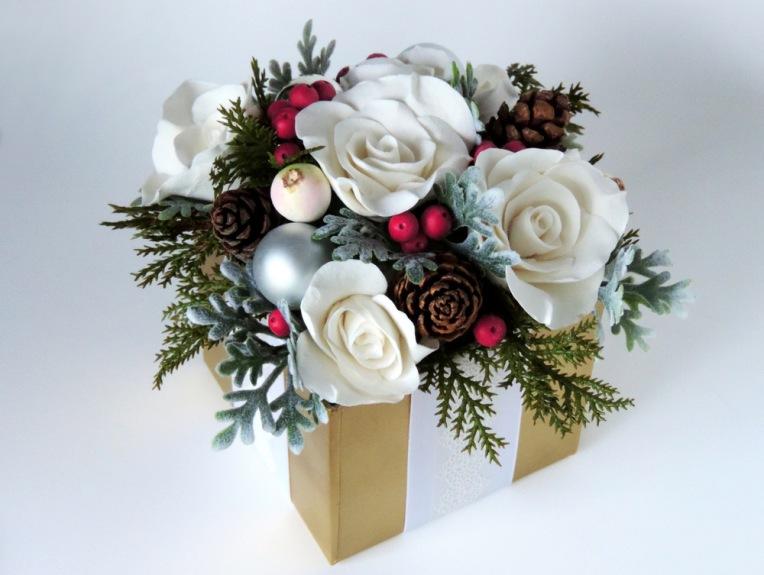 Wintery holiday arrangement.